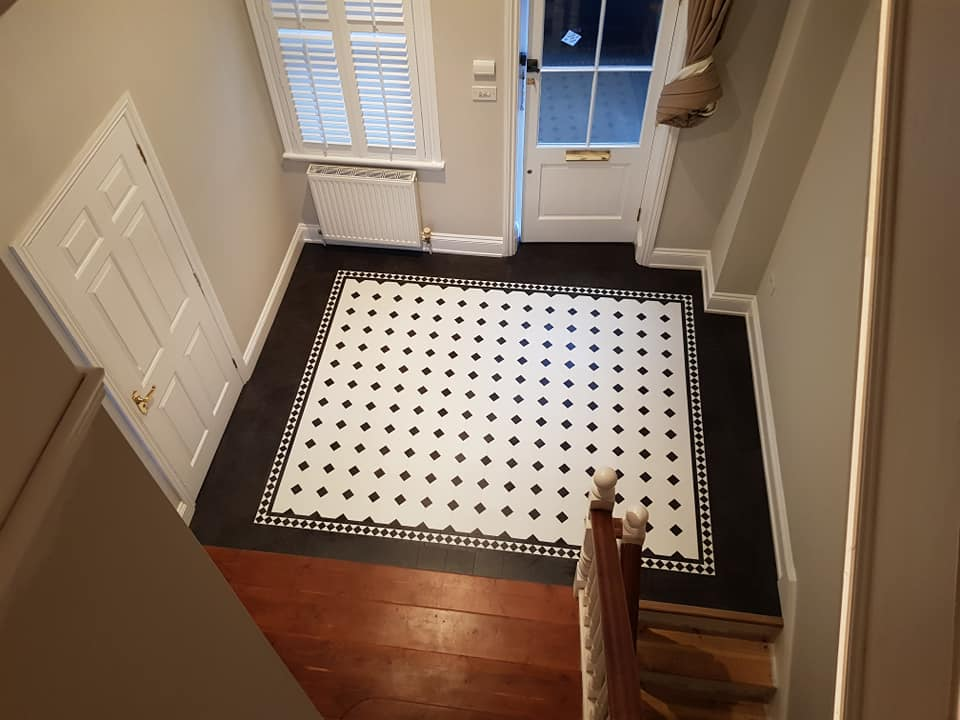 Grand Hallway laid using Karndean Heritage Collection.by Floor Styles